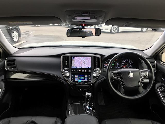 トヨタ クラウンハイブリッド アスリートS 新品車高調 レオンハルト20AW モデリスタ