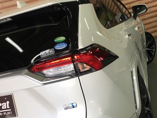 ハイブリッドG 4WD 禁煙車 ワンオーナー トヨタセーフティー TRDフルエアロ ルーフレール 黒革 パワーバックドア レーダークルーズ プリクラッシュ シートヒーター 置くだけ充電 ハンドルヒーター 車線逸脱警報(41枚目)