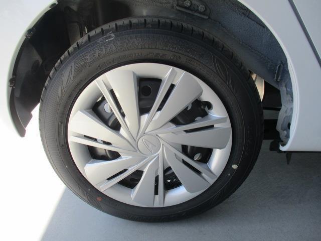 X リミテッドSAIII 4WD 衝突被害軽減システム LEDヘッドランプ アイドリングストップ(7枚目)