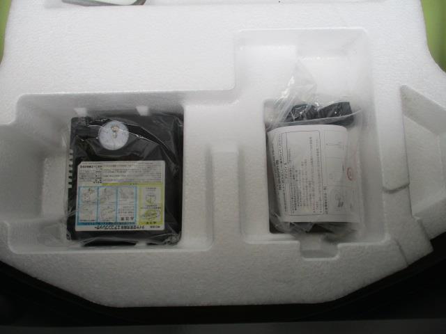 ベースグレード フルセグ メモリーナビ DVD再生 ミュージックプレイヤー接続可 ETC HIDヘッドライト 記録簿(19枚目)