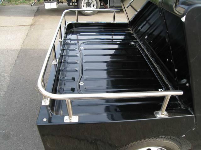 ベースグレード 4WD 5速マニュアル エアコン 4人乗り(16枚目)