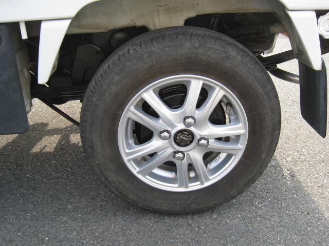 SDX 2WD 5速マニュアル 車検整備付 2ドア ホワイト(11枚目)