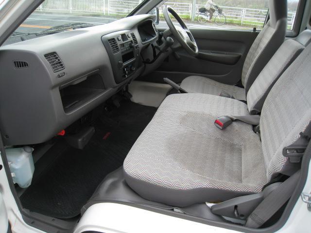 DX 2WD 5速マニュアル 低床 エアコン エアバッグ(11枚目)