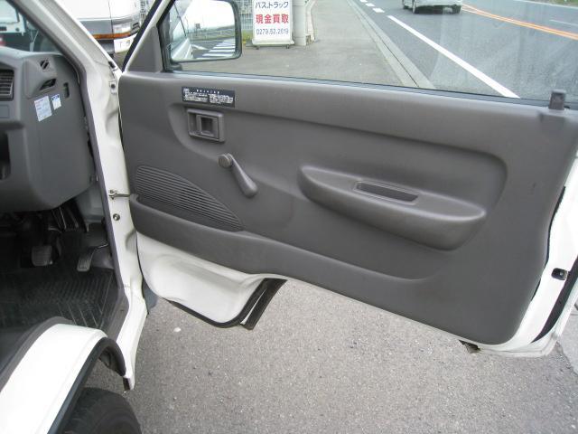 DX 2WD 5速マニュアル 低床 エアコン エアバッグ(17枚目)