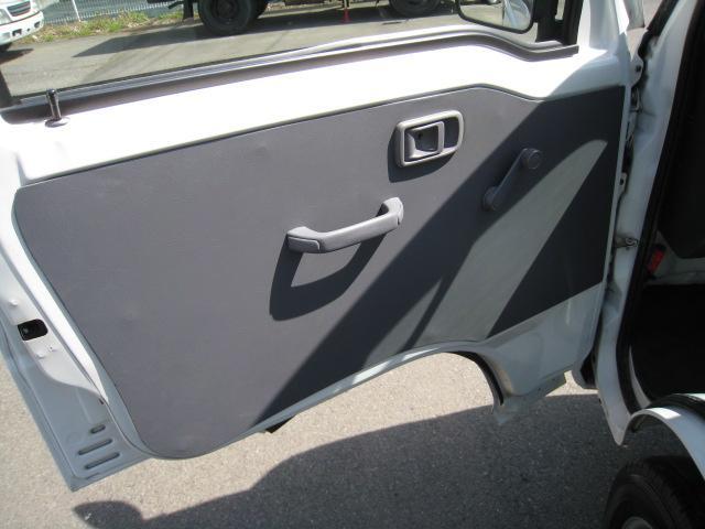 ハイゼットトラック2WD5F エアコン装備車(14枚目)