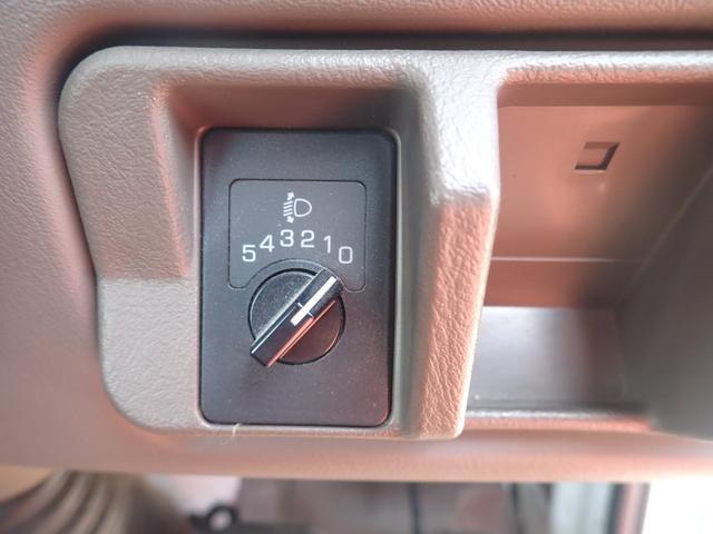 29人乗り 自動ドア ディーゼル オートマ モケットシート 車両サイズ699cm×201cm×264cm 車両総重量5405kg 乗車定員29人 NOX適合(19枚目)