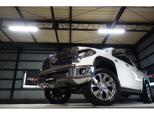 クルーマックス 1794エディション 新車並行 実走行 リフトアップ 社外22インチAW サンルーフ シートヒーター JBLサウンド リアモニター(2枚目)
