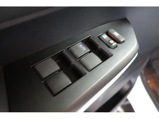 クルーマックス SR5 新車並行 実走行 ベンチコラムシート サイドステップ パイオニアHDDナビROLL-N-LOCKトノカバー(18枚目)
