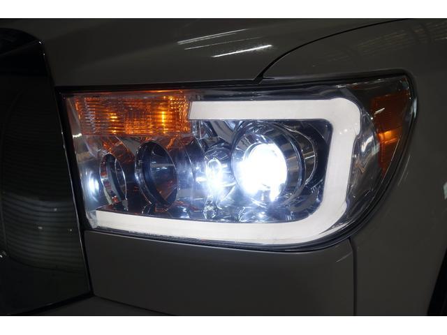 クルーマックス SR5 新車並行 実走行 キャンパーシェル フロント サイドカメラ(11枚目)