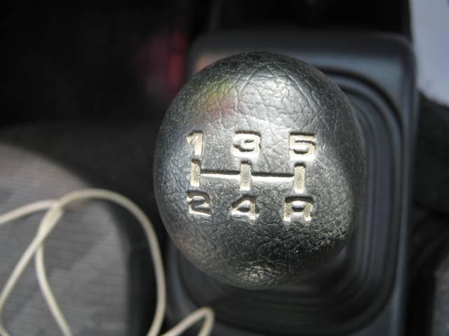 スズキ キャリイトラック 4WD エアコン パワステ AMラジオ