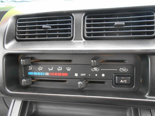 ダンプ 4WD5MT エアコンパワステ タイヤ新品荷台塗装済(13枚目)