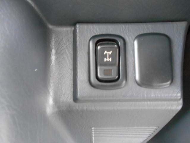 ダンプ 4WD5MT エアコンパワステ タイヤ新品荷台塗装済(16枚目)