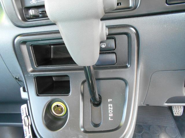 クルーズ 4WD4AT キーレス SDナビ タイヤ新品(8枚目)