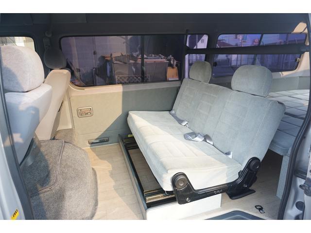 トヨタ ハイエースバン クルージングキャビンSターボ