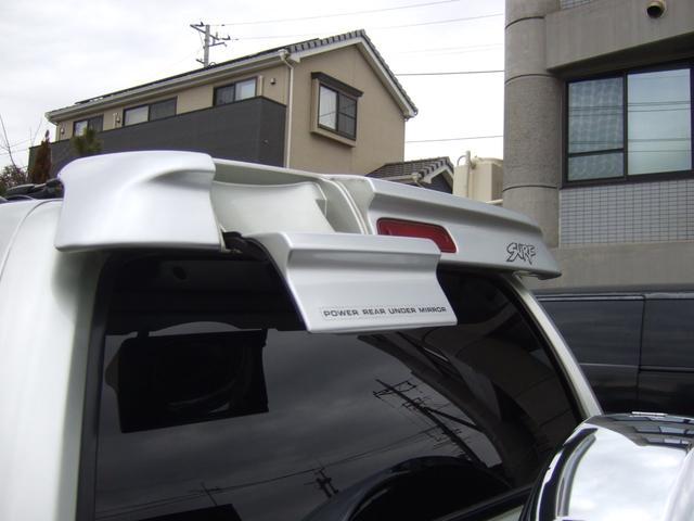 トヨタ ハイラックスサーフ SSR-G ワンオーナー サンルーフ 背面タイヤ