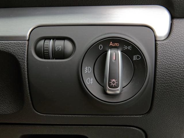 GTI アディダス 専用デザインシート、18インチホイール、LEDテールランプが特徴の国内350台特別仕様限定車です。(31枚目)