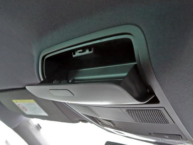 GTI アディダス 専用デザインシート、18インチホイール、LEDテールランプが特徴の国内350台特別仕様限定車です。(34枚目)