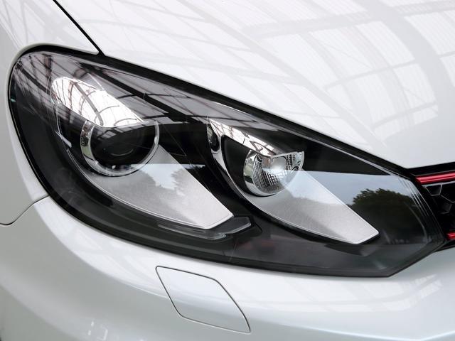 GTI アディダス 専用デザインシート、18インチホイール、LEDテールランプが特徴の国内350台特別仕様限定車です。(53枚目)