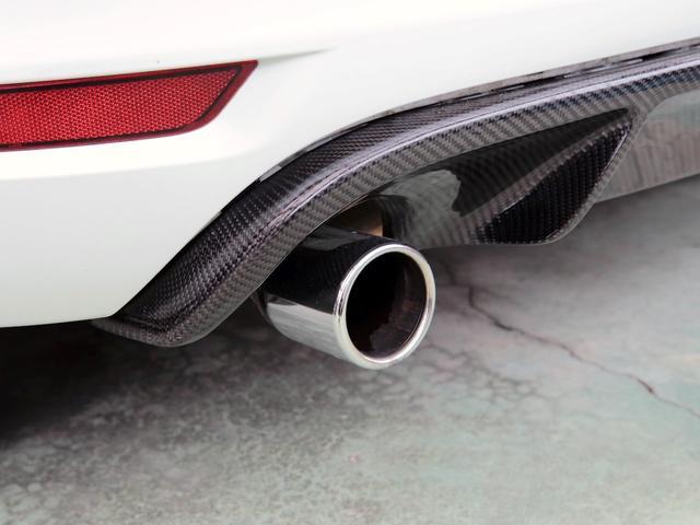 GTI アディダス 専用デザインシート、18インチホイール、LEDテールランプが特徴の国内350台特別仕様限定車です。(66枚目)