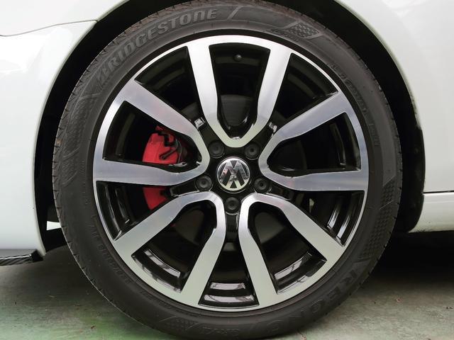 GTI アディダス 専用デザインシート、18インチホイール、LEDテールランプが特徴の国内350台特別仕様限定車です。(71枚目)