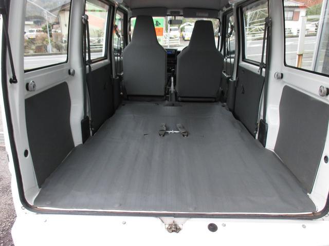 DX 4WD 5速マニュアル Wエアバッグ(17枚目)