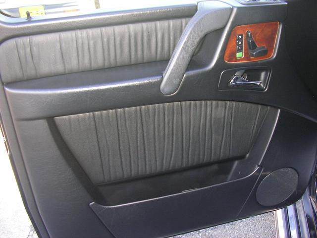 G55 AMGロング AMG G55コンプレッサー 黒革 サンルーフ 左ハンドル G63仕様バンパー シートヒーター 社外ナビTV ETC LEDスカッフプレート スペアキーレス 保証書 取説 記録簿(14枚目)