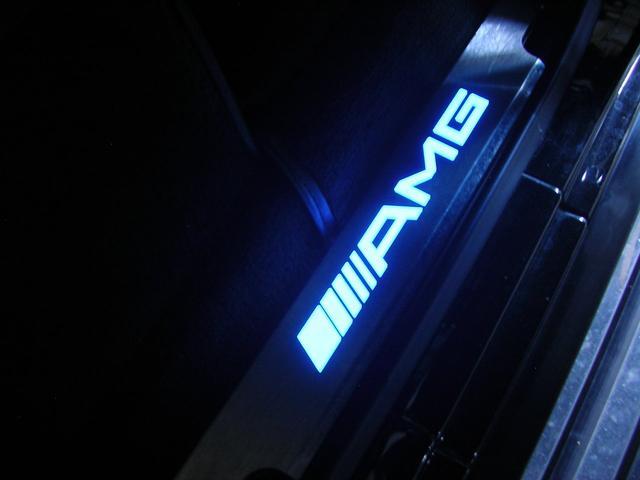 G55 AMGロング AMG G55コンプレッサー 黒革 サンルーフ 左ハンドル G63仕様バンパー シートヒーター 社外ナビTV ETC LEDスカッフプレート スペアキーレス 保証書 取説 記録簿(17枚目)