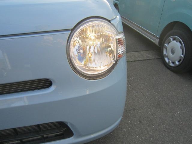 ミラココアのポイント!丸いライトで可愛いデザインが人気の秘密です!