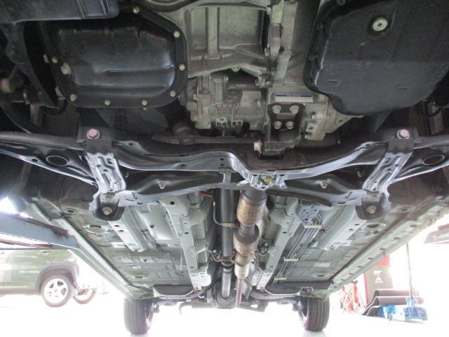 G 4WD セーフティセンス フルセグナビ バックカメラ パワースライドドア HIDライト フォグランプ オートライト ビルトインETC フロントシートヒーター ステアリングヒーター オートエアコン スマートキー(31枚目)
