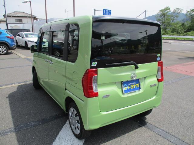 X 4WD パワースライド CDステレオ スマートキー プッシュスタート オートエアコン エコアイドル ETC セキュリティアラーム ロールサンシェード インパネシフト ベンチシート スモークガラス ミラクルオープンドア 助手席ロングスライド(6枚目)