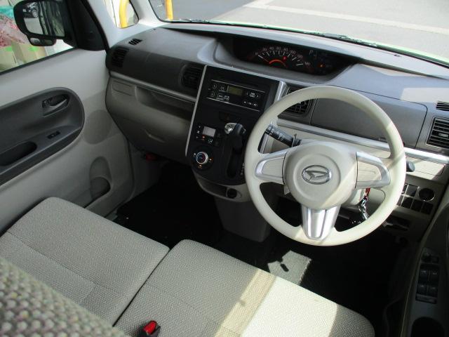 X 4WD パワースライド CDステレオ スマートキー プッシュスタート オートエアコン エコアイドル ETC セキュリティアラーム ロールサンシェード インパネシフト ベンチシート スモークガラス ミラクルオープンドア 助手席ロングスライド(10枚目)