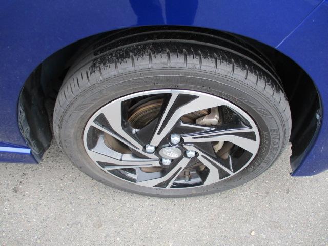 カスタムRS スマートアシスト 4WD ターボ 軽減ブレーキ 純正9インチフルセグナビ パノラマモニター シートヒーター ビルトインETC LEDライト フォグランプ オートライト オートエアコン スマートキー プッシュスタート(30枚目)