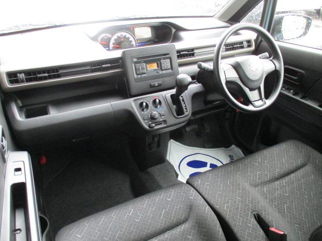 FA 4WD スズキセーフティサポート 衝突軽減ブレーキ キーレスキー シートヒーター CDステレオ オートライト オートハイビーム リヤパーキングセンサー 車線逸脱警報装置 先行車発進お知らせ機能 盗難警報装置(9枚目)