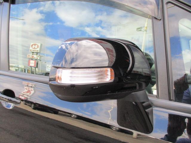 Z SDナビ フリップダウンモニター ビルトインETC HIDライト フォグ 純エアロ&16AW シェードガラス 左側電動ドア シェードガラス デュアルオートAC Bカメラ(13枚目)