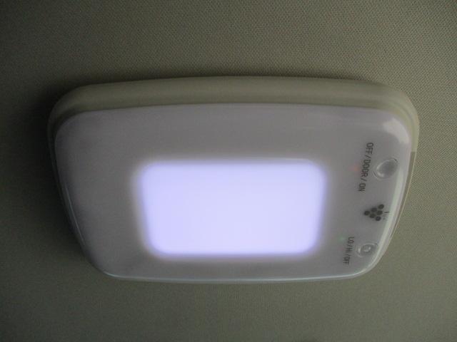 アブソルート・EX インターナビ 両側電動ドア CTBA 半革シート パドルシフト クルコン SW付革巻ステア オート付LED&フォグ 純エアロ&18AW ETC Bカメラ(15枚目)
