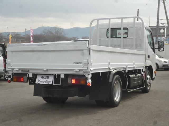 4.0D 平ボディ2トン積載 車両総重量4.435kg(8枚目)
