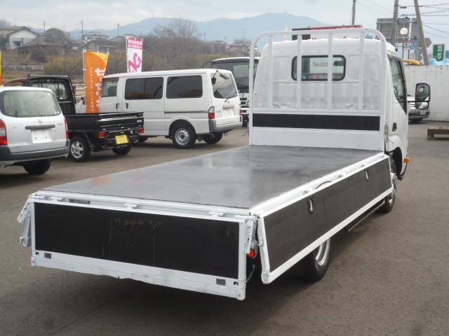 4.0D 平ボディ2トン積載 車両総重量4.435kg(11枚目)