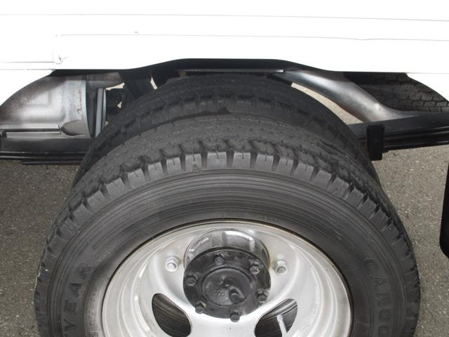 1.8 平ボディ 1トン積載 後輪Wタイヤ(20枚目)