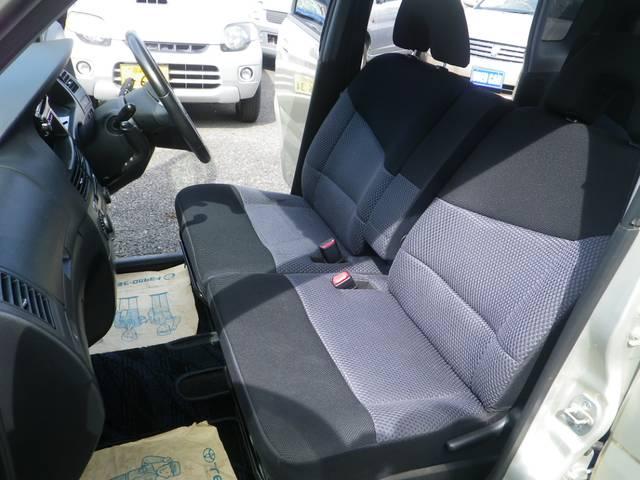 助手席エアバッグがついてきます。大切な方を安全と安心でお守りします。