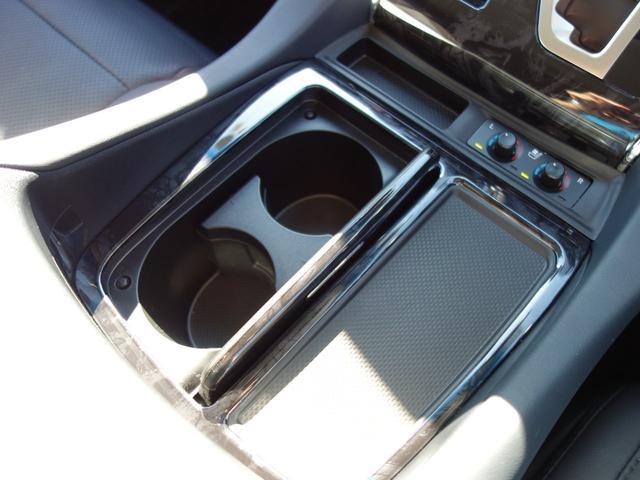 2.5S Cパッケージ 新車保証継承付 9インチTコネクトナビ付ディスプレイオーディオ フルセグTV 12.1インチリアモニター バックカメラ 合皮シート 3眼LEDライト 純正18インチAW 両側電動スライドドア(49枚目)