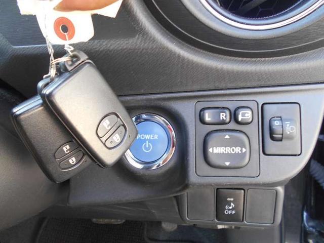 トヨタ アクア G スマートエントリーパッケージ SDナビ  バックカメラ