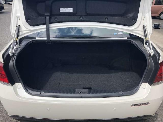トヨタ クラウンハイブリッド 電動シート クルコン 革巻ハンドル ETC HDDナビ