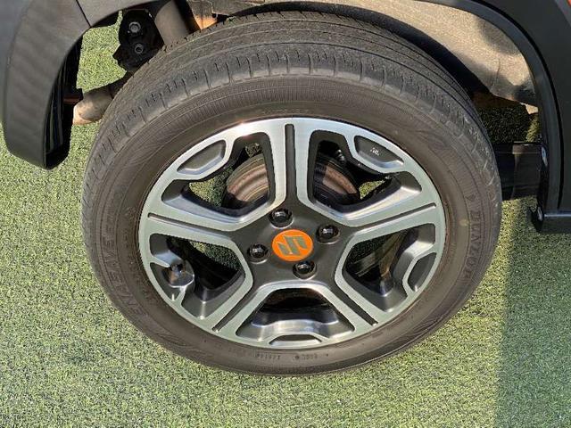Xターボ CVTターボ 4WD 2トーンルーフ シートヒーター HIDヘッドライト フォグランプ スマートキー 盗難防止装置 横滑り防止装置 オートA/C ミラーウィンカー スペアキー 保証書 記録簿(17枚目)