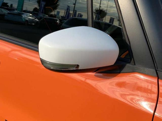 Xターボ CVTターボ 4WD 2トーンルーフ シートヒーター HIDヘッドライト フォグランプ スマートキー 盗難防止装置 横滑り防止装置 オートA/C ミラーウィンカー スペアキー 保証書 記録簿(19枚目)