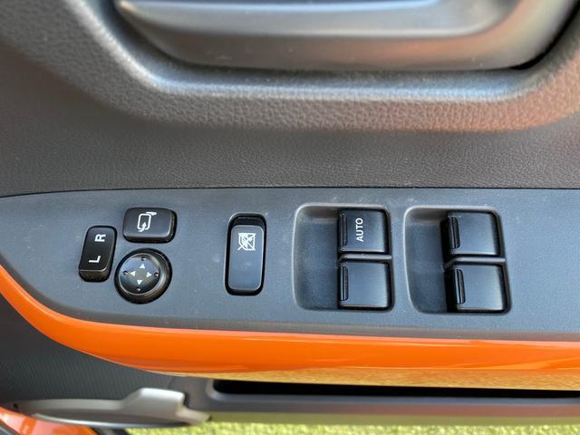 Xターボ CVTターボ 4WD 2トーンルーフ シートヒーター HIDヘッドライト フォグランプ スマートキー 盗難防止装置 横滑り防止装置 オートA/C ミラーウィンカー スペアキー 保証書 記録簿(25枚目)