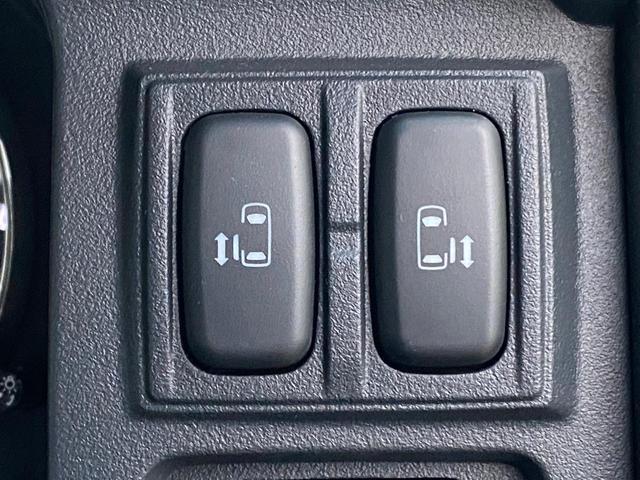 D プレミアム 4WD ディーゼルターボ シートヒーター 純正ナビ フルセグTV BLUETOOTH バック・フロント・サイドカメラ DVD 両側電動スライド パワーバックドア クルコン パドルシフト 保証書 記録簿(33枚目)