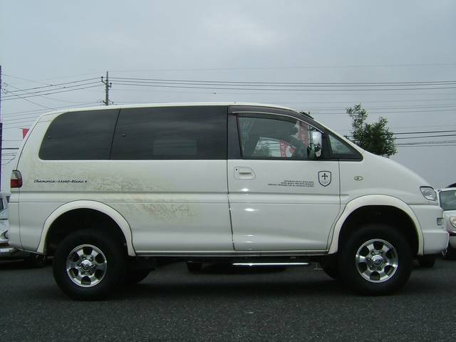 三菱 デリカスペースギア シャモニー リフトUP タイベル交換済 4WD