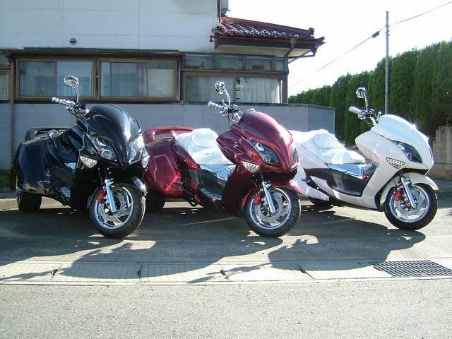 日本その他 日本 G200LAトライク 4本出しマフラー メッキパーツ