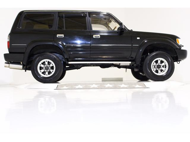 トヨタ ランドクルーザー80 VXリミテッド 4WD リフトUP 黒レザー調シートカバー