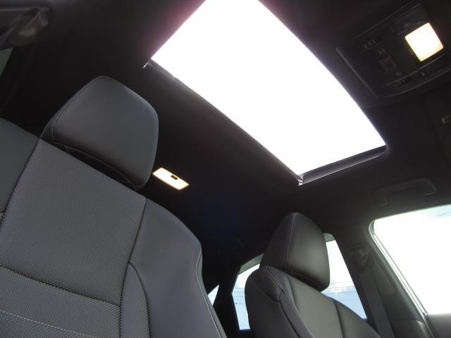 NX300hFスポ4WD現行 1オナ黒革SRパノラV HUD 現行モデル 4WD 1オナ黒革SR 純ナビ地デジ LSS+ パノラミックV BSM AHS カラーHUD 禁煙車 PKSB 名栗P 後席電動 AC100W スカッフI カップI 寒冷地 3眼LED(18枚目)